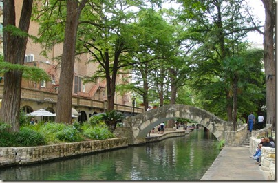 SA riverwalk bridge